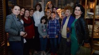 Femeile liberale și-au dat mâna cu ONG-urile pentru copiii cu autism