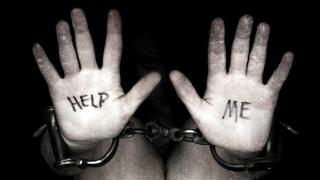 Femei traficate, inclusiv din România, obligate la căsătorii fictive în Marea Britanie