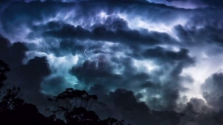 România, lovită de fenomene meteo extreme. Avertismentul climatologilor