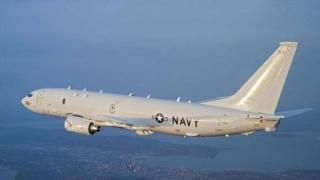 Conflictul economic americano-chinez se mută în plan militar. SUA survolează cu avioane de război Marea Chinei de Sud