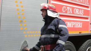 Incendiu puternic în Constanța, pe strada Traian. Mult fum, dar nicio victimă!