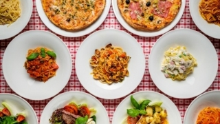 Unde, ce și câtă mâncare comandă constănțenii online