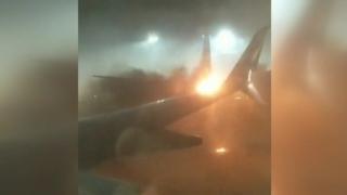 Peste 160 de persoane, evacuate în urma coliziunii între două avioane