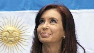 Fosta președintă argentiniană Cristina Kirchner, anchetată pentru muşamalizarea unui atentat