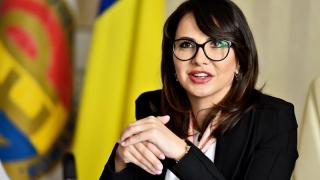 Fosta şefă a AEP, trimisă în judecată pentru... 600.000 de euro