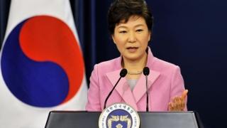 Preşedinta demisă a Coreei de Sud îşi cere iertare şi promite că va coopera cu anchetatorii