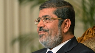 Fostul preşedinte al Egiptului ar putea fi ucis de condiţiile de detenţie?!