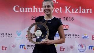 Constănţeanca Raluca Şerban a câştigat turneul de tenis de la Istanbul