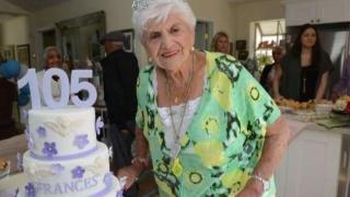 Are 105 ani și ...mai vrea!