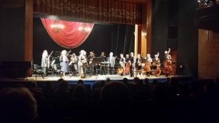 Frumusețea muzicii și farmecul dialogului într-un concert marca Constantinides