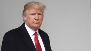 Donald Trump și-a anulat vizita la Londra, într-un acces de furie