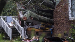 Furtuna Florence, încă extrem de periculoasă! A provocat aproape 20 de decese
