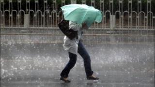 Şapte judeţe din România sunt sub cod galben de ploi şi vânt