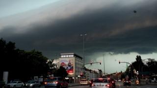 Zboruri anulate și persoane decedate, după furtuni puternice în Germania