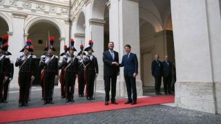 Gafă de protocol a preşedintelui Iohannis, la întâlnirea cu premierul italian