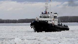 Traficul naval pe Dunăre rămâne în continuare închis la Galați