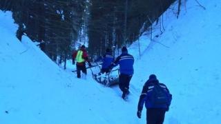 Bărbat căutat de trei zile în munţi, găsit mort, lângă Predeal