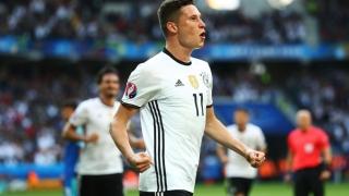 Germania mărşăluieşte prin Franţa, spre titlul european