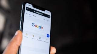 Google va implementa noi măsuri pentru protejarea copiilor şi adolescenţilor în mediul online