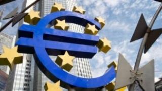 Zona euro acordă Greciei o nouă tranșă de împrumut de 10,3 miliarde de euro