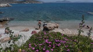 Grecia a anunţat de când aşteaptă turiştii pe insule. Care este planul în trei etape de redeschidere a turismului