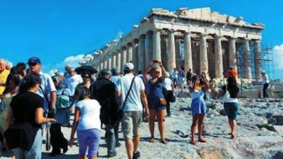 Grecia are temeri: industria turistică ar putea fi afectată de un Brexit fără acord