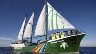 Greenpeace și nava Rainbow Warrior îi așteaptă pe cei mici de 1 Iunie