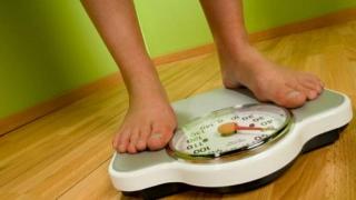 11 tipuri de cancer, asociate cu greutatea corporală în exces
