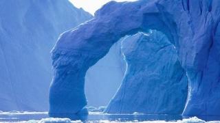 """Groenlanda, în pericol! Se rupe """"ultima zonă îngheţată"""""""