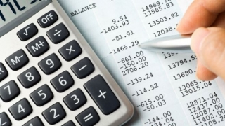 Guvernul taie din contribuţia virată la Pilonul II de pensii private obligatorii?