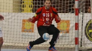 Handbaliştii tricolori au cedat în ultima secundă în faţa Serbiei