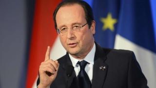 Francois Hollande a prelungit starea de urgență în urma atacului de la Nisa