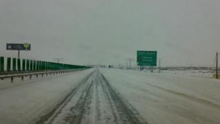 CNAIR: Circulaţie rutieră închisă în continuare pe autostrăzile A2 şi A4