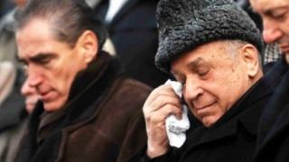 Ion Iliescu şi Petre Roman, audiaţi în dosarul Mineriadei