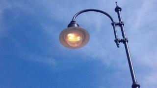 Primăria lasă astăzi  lumina aprinsă pe străzi! Sunt lucrări de mentenanță