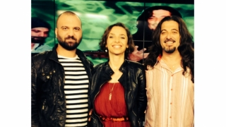 Una dintre cele mai bune voci masculine ale rockului românesc, la Asta-i viața!