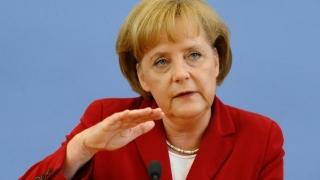 Merkel speră că Macron va câştiga scrutinul prezidenţial în Franţa