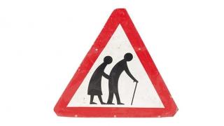 Încet și sigur! Procesul de îmbătrânire demografică, mai accentuat în acest an