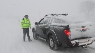 Zăpada nu a surprins autoritățile, dar nici nu le-a mișcat...