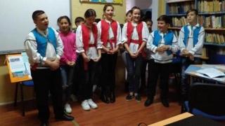 Cântece și dansuri dobrogene la Liceul Tehnologic Poarta Albă