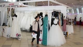 """""""Ghidul Miresei 2016"""" a adus la Constanța ultima modă în materie de nunți"""