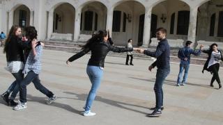 """""""Primăvara Artelor"""", în pași de tango, pe faleza Cazinoului"""