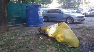 În 4 zile, Polaris a constatat incendierea a 16 containere pentru colectarea separată a deşeurilor