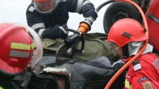 Accident rutier la Hârșova. O persoană încarcerată.