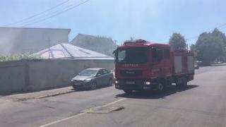 Incendiu puternic în Constanța! Fumul dens a întrerupt circulația rutieră