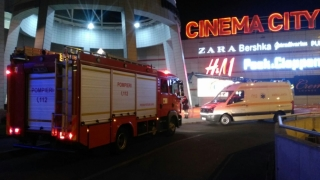 Incendiu în magazinul Auchan din VIVO