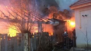 Bărbat carbonizat găsit la un incendiu la 2 Mai