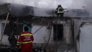 Au ars chiliile Schitului Sf. Gheorghe din satul Cloșca, județul Constanța