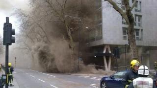 Incendiu cumplit într-o clădire-turn din Londra. Mai multe persoane, rănite
