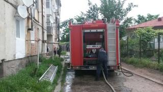 Incendiu cumplit! Zeci de persoane evacuate!